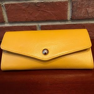 MULBERRY YELLOW LEATHER WALLET NWOT